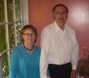 Pfarrer Phil Schmidt mit seiner Frau Ursula Schmidt