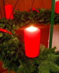 Adventskranz im Gemeindesaal Süd