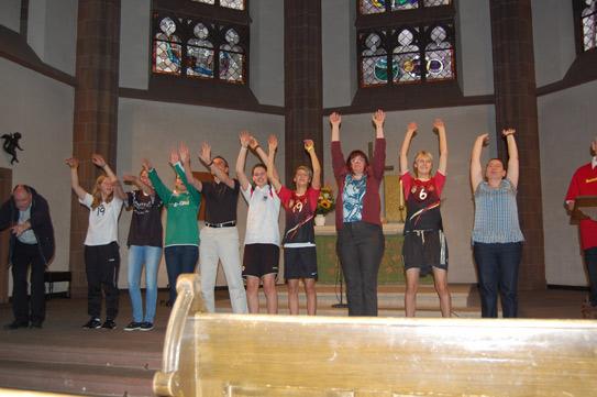 """""""Fair Pray"""" zur Eröffnung der Fanmeile FrauenFußballWM am 25. Juni 2011 in der Dreikönigskirche"""