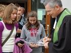 """Familiengottesdienst """"Gott schenkt uns gute Gaben"""" zum Erntedankfest am 4. Oktober 2009 in der Bergkirche"""