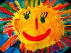 von Kindern gemalte Sonne