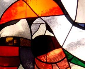 Ausschnitt: Glasfenster - vom Künstlerehepaar Gisela und Alexander Dietz-Hornung geschaffenen 'Geh aus mein Herz und suche Freud'