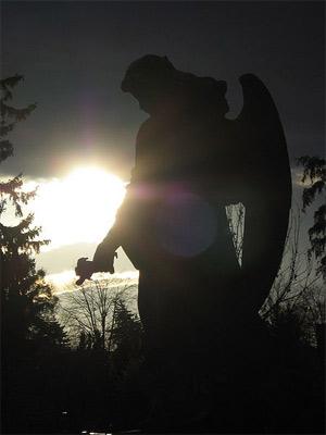 'Engel auf dem Friedhof', 2006, sandramat