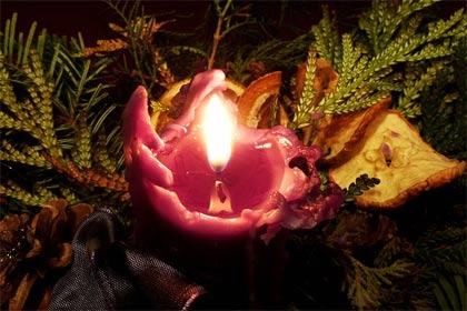 'Ein adventliches Kerzenlicht in Deutschland', 2012, Oxfordian Kissuth