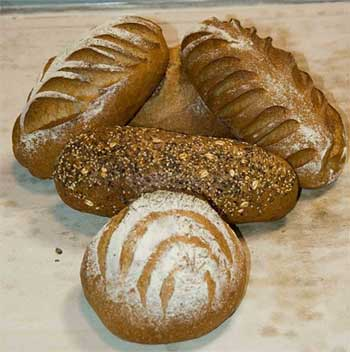 'Rye, multi-grain and whole wheat bread loaves.', 2006, Flickr.com user 'FotoDawg'