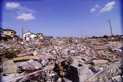 'Devastation after tsunami in Iwaki, Fukushima, Japan.', 2011, ryuki_a_g