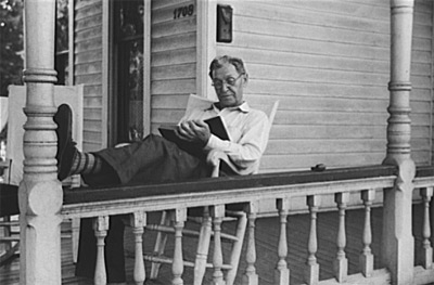 'Front porch. Sunday afternoon, Vincennes, Indiana', John Vachon, 1941