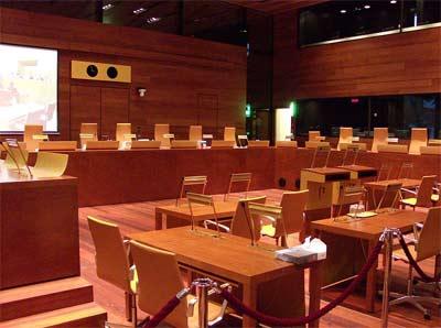 'Gerichtssaal im Europäischen Gerichtshof', 2009, Stefan64