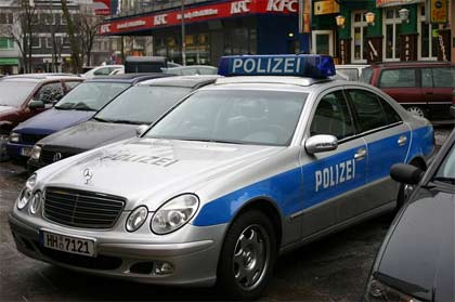 'Streifenwagen der Polizei Hamburg', 2005, Alexander Blum