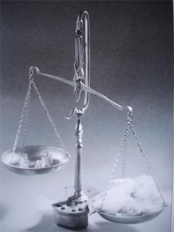 'Justice et inégalité: les plateaux de la balance', 2010, Frachet