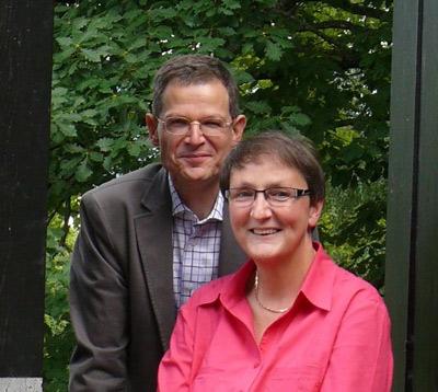 Pfarrerin Sike Alves-Christe und Pfarrer Dr. Wilhelm Christe