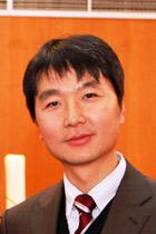 Pfarrer Dong Eun Park, Sarangegemeinde